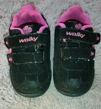 Buty dziewczęce sportowe Walky 20