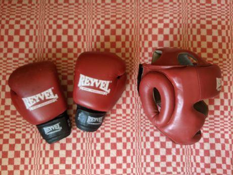 Продаю шлем, перчатки для бокса Reyvel
