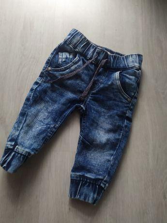 Joggery spodnie jeansy 74