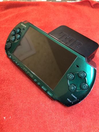 SONY PSP Playstation Portable Green PSP - 3001 Лимитированная 8gb