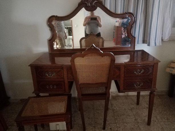 Tocador + banco + cadeira apoio