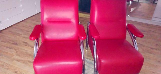 Fotel czerwony do salonu