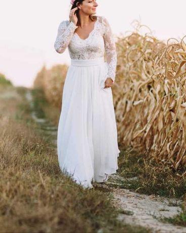 Suknia ślubna długi koronkowy rękaw
