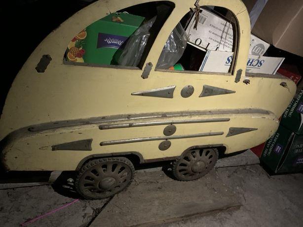 Samochód / wózek prl