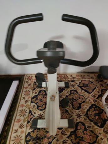 Bicicleta estática para treino