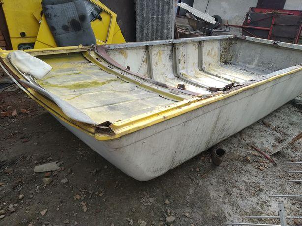 Лодка Човен криша лт