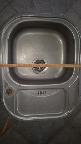 Раковина металлическая,кухонная мойка,врезная