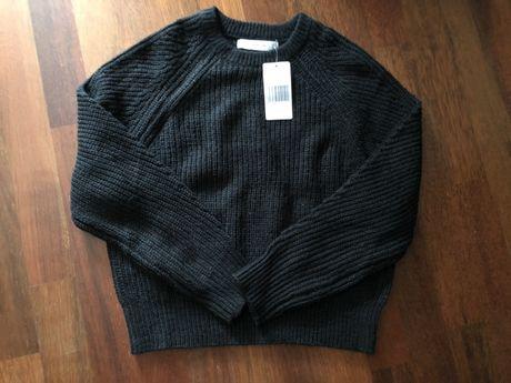 Czarny sweter Mango