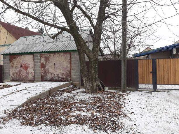Дом с ремонтом,новый большой гараж,район 5 школы