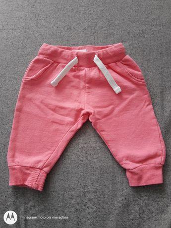 Spodnie dresowe rozmiar 62