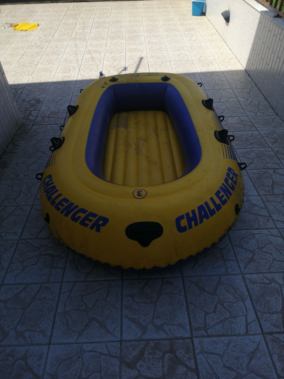Barco challenger