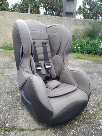 Cadeira auto 9-18kg