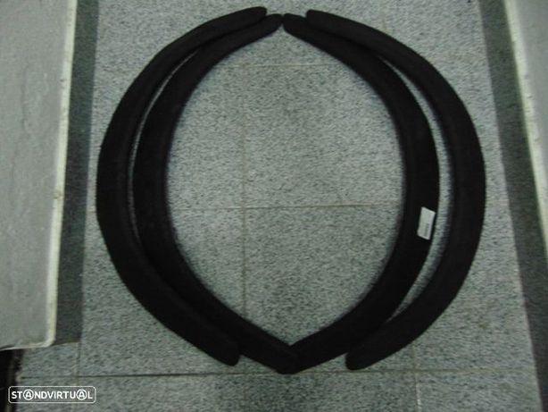 Fender flares 4 piece set 82cm(Garda-lamas alargado) - Universal - Usado