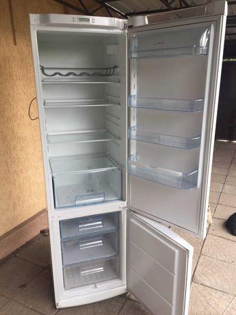 Холодильник Electrolux 2 компрессора