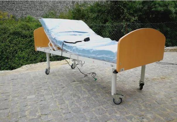 Cama eléctrica tripartida com colchão NOVA