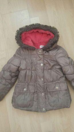 Płaszczyk zimowy firmy F&F z futerkiem 3-4 lata + czapka gratis!