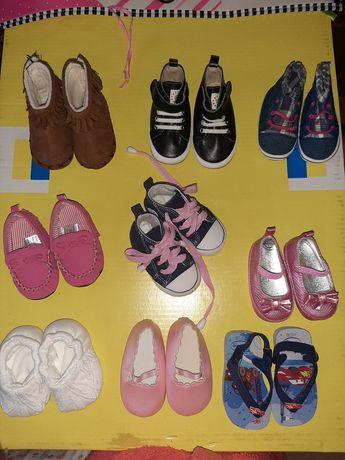 Детская обувь от 0 до 6 месяцев. Мальчик/девочка