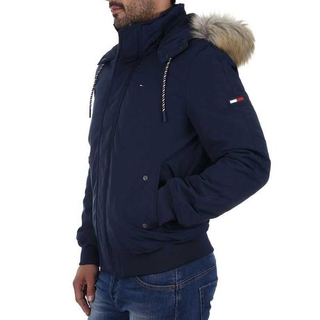 Продам куртку Tommy Hilfiger TJM TECHNICAL BOMBER, М розмір