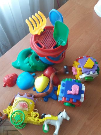 Пакет з іграшками
