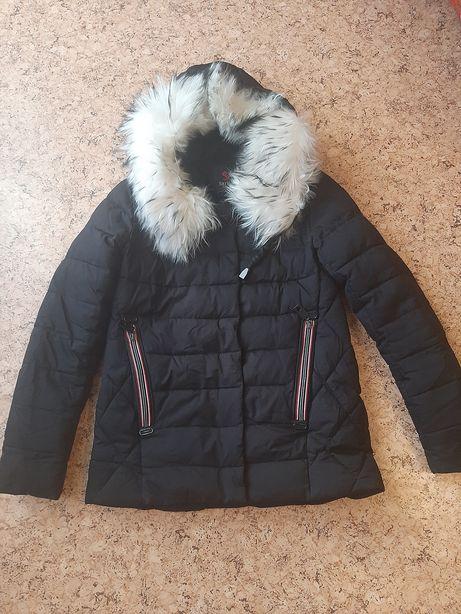 Зимняя куртка, с натуральным песцом
