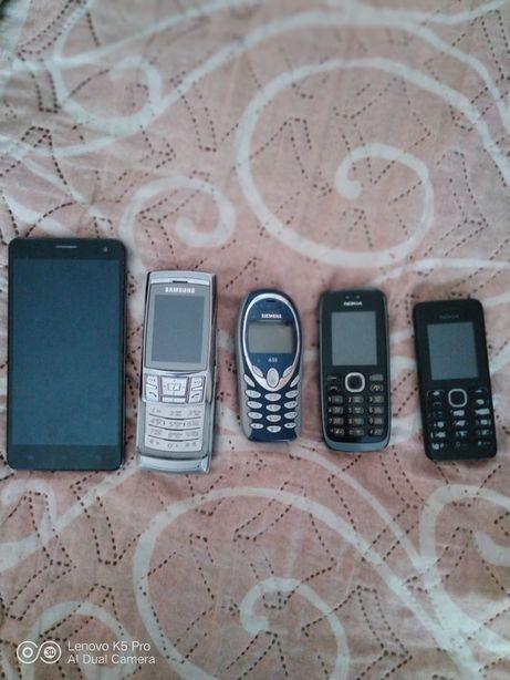 Продам телефоны недорого на запчасти