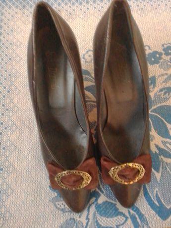 Туфлі шкіряні, 37 розмір