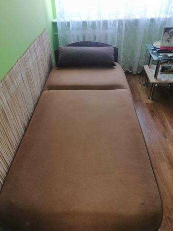 Łóżko ze schowkiem jednoosobowe typu tapczan