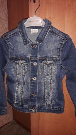 Джинсовая куртка Zara на 5-7 лет