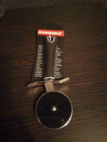 Дисковый нож для пиццы . из нержавеющей стали. Общая длинна-20