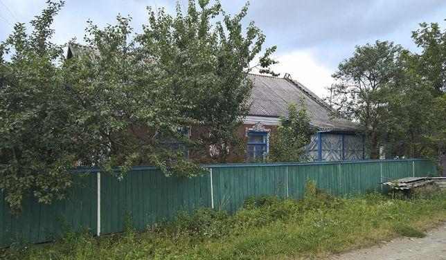 Продається будинок смт Гриців.
