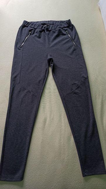 Lekko uciągliwe szare damskie spodnie sportowe r. XL stan bdb