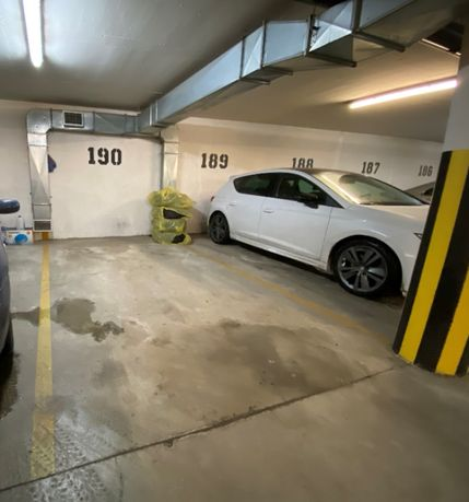 BLUSZCZAŃSKA 74 - Mokotów - Garaż podziemny parking