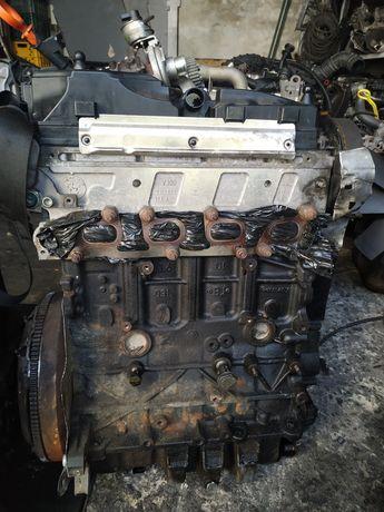 Двигатель Фольксваген Гольф 6 1.6 TDi Кадди 3 1.6 TDi. AYP