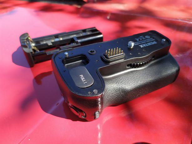 Pentax D-BG4 батарейний блок для pentax k7, k5
