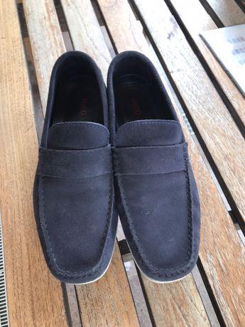 Sapato vela Hugo Boss em bom estado