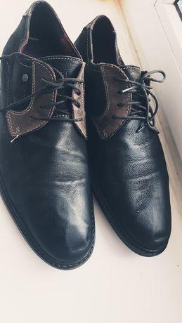 Брендові чоловічі туфлі