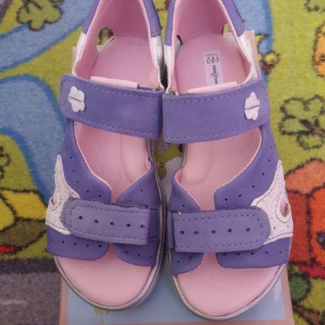 Sandały sandałki 30 Mazurek nowe skóra -kwota zawiera przesyłkę