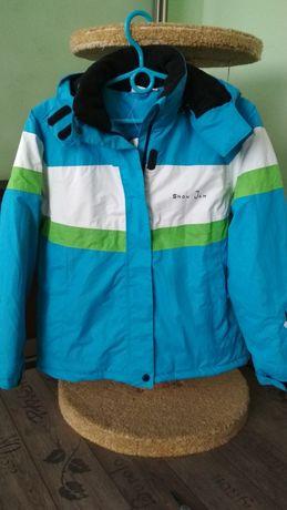 Курточка для девочки р.152