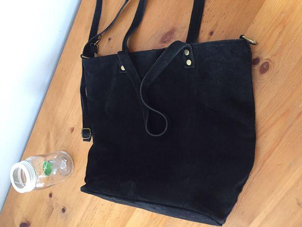 Czarna torebka - zamsz !