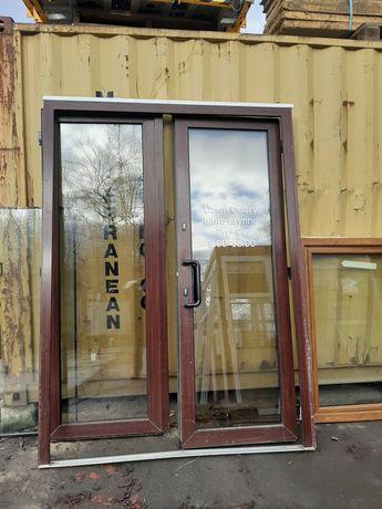 Drzwi plastikowe dwuskrzydłowe zewnętrzne ciepłe