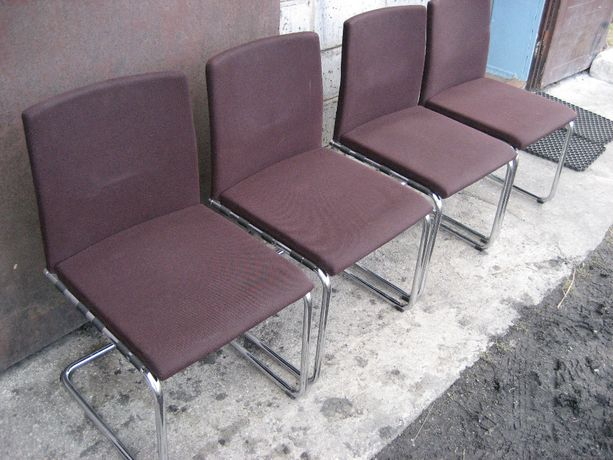 Krzesła Fotele 4 sztuki firmy - THONET - bardzo wygodne nie zniszczone