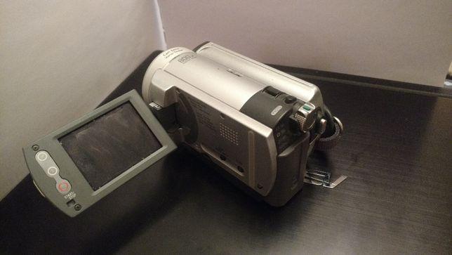 Камера фото- и видеосъемка Sony DCR-SR40