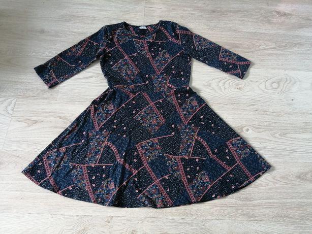 Sukienka/sukieneczka/Święta r 152