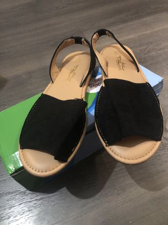 Sandálias/ menorquinas pretas
