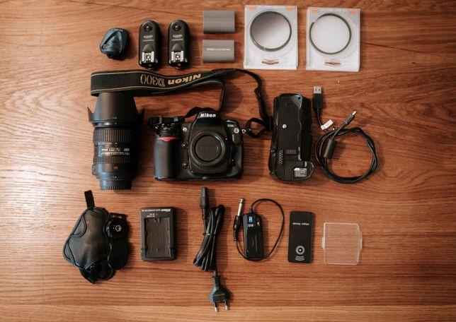Nikon D300 + obiektyw i akcesoria