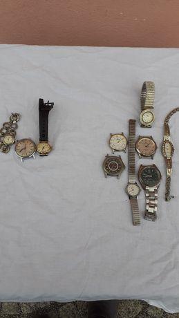 Stare zegarki mechaniczne i elektroniczne