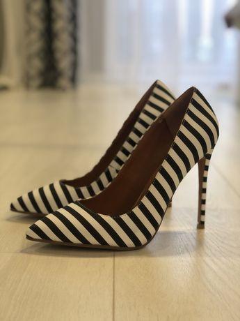 Туфли в полоску «Зебра»