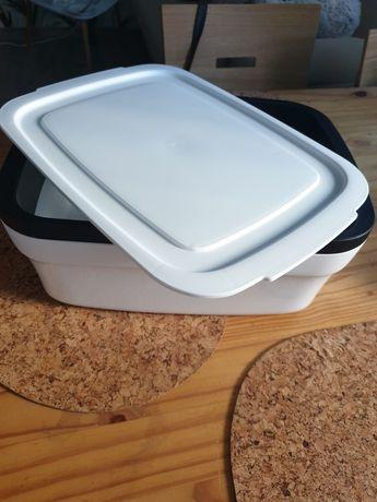 Tupperware chlebak