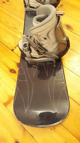 Weekendowa promocja. Deska snowboardowa limited4you 134 cm z butami 38