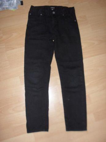 Spodnie czarne rozm. 152
